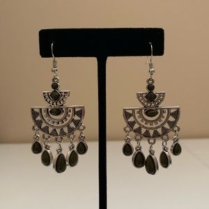 Radiating with Sunburst Pattern Earrings